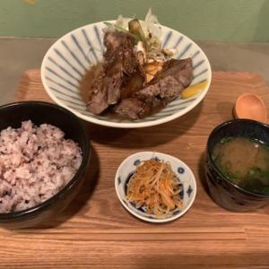 長谷駅すぐのトンテキ食堂MR.PIGへ!ホロホロ煮込みスペアリブ定食と丁寧な接客、こころあたたまる満足度高い孤独飯!